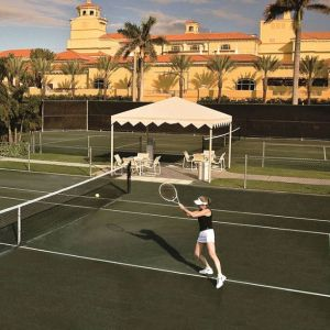 Tennis Courts at 3550 South Ocean