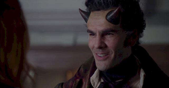 La caracterización del brujo Rangor Fell (Adam Kenneth Wilson) deja bastante que desear. Así como la de Valentine y todo hechizo mágico.