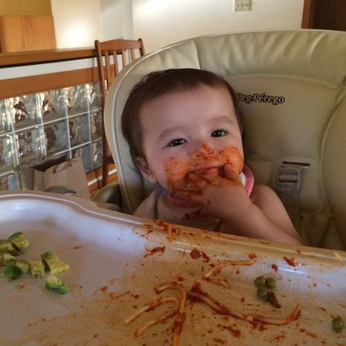 Spaghetti dinner is a serious (and super messy) affair!