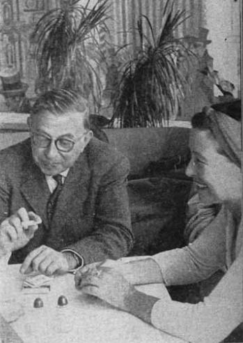 Simone de Beauvoir and Jean-Paul Sartre happy in Cuba, 1960. Photographer unknown.Happy New Year!