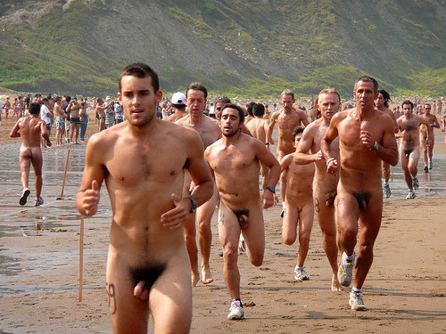 naked running race