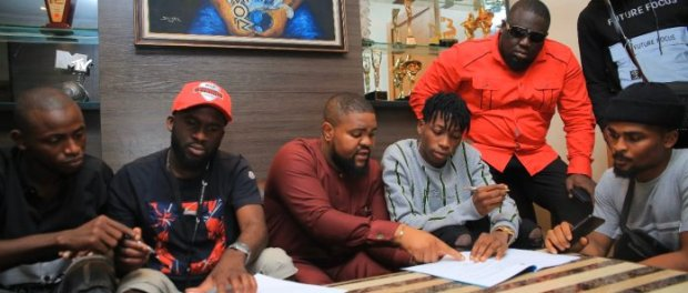 News Lil Frosh Signed to DMW By Davido Entertainment