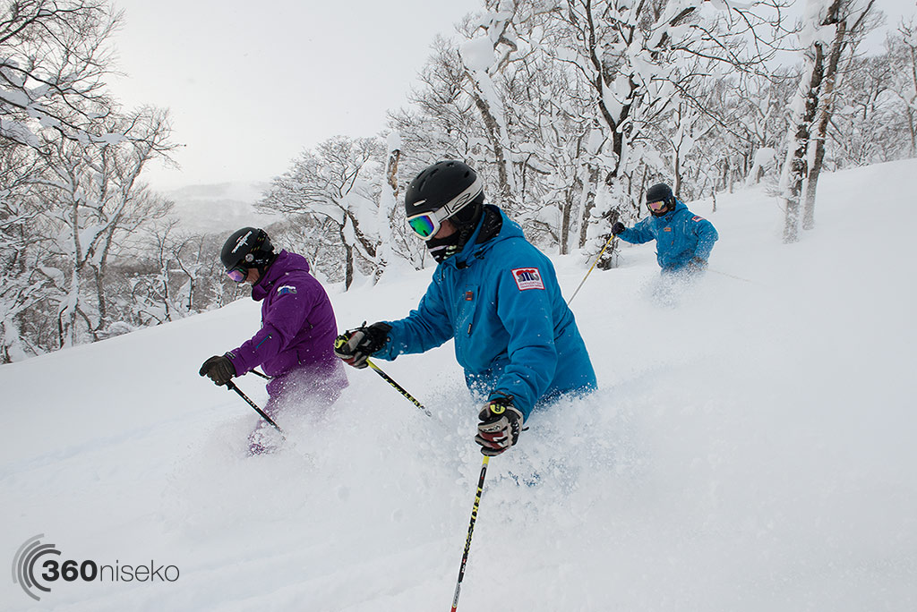 Formation Powder skiing with Shinsetsu Mountain Guides, 27 December 2014