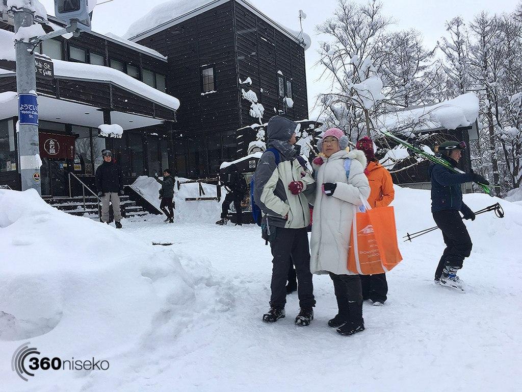 Hirafu Village, 21 December 2017
