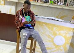 """2brand Trends With Now Slang """"DEM NO DEY WRITE ACCOUNT BALANCE FOR FACE"""", See Full Story"""
