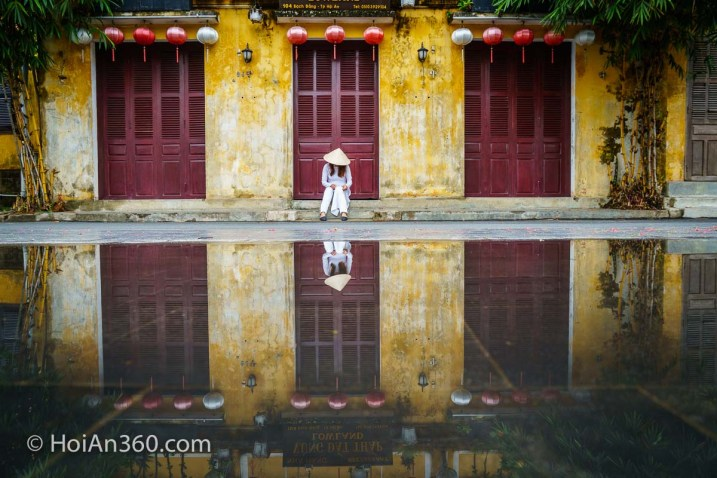Reflections in Old Town, Hoi An Photo Tour