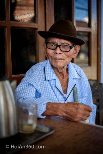 Can, 103 years old. Hoi An 360 Portrait Photography Workshop