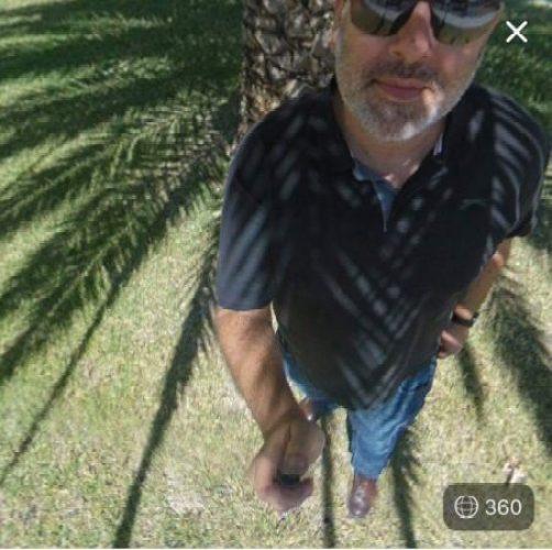 the nadir of the Mi Sphere selfie stick