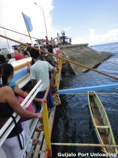 Guijalo Port Unloading