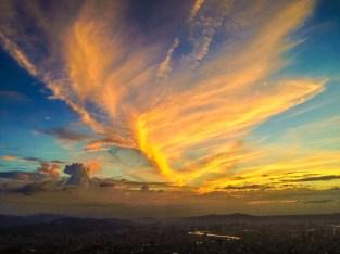 magnifique couché du soleil du haut de la tour taipei 101