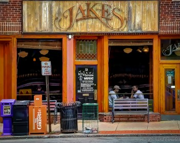 Lunch at Jake's