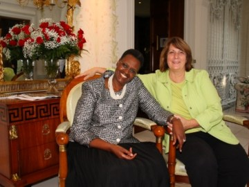First Lady of Uganda, Janet Museveni visits the Home of Barrington Resident Vicky Wauterlek