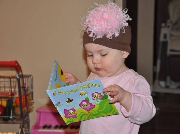 Read to Children in Barrington, Illinois