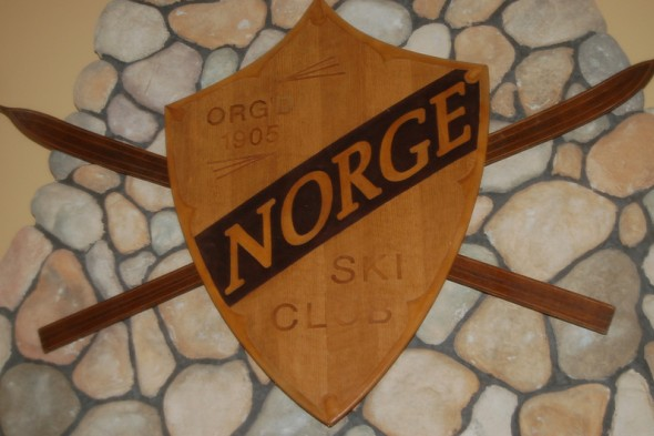 Antique Norge Ski Club Sign