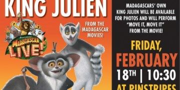 King Julien from Madagascar Performs Live in South Barrington