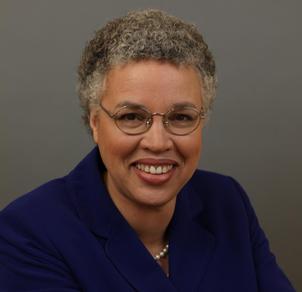 Cook County Board President, Toni Preckwinkle Visits Barrington