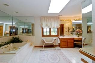 Post - 8 Moate - Master Bathroom