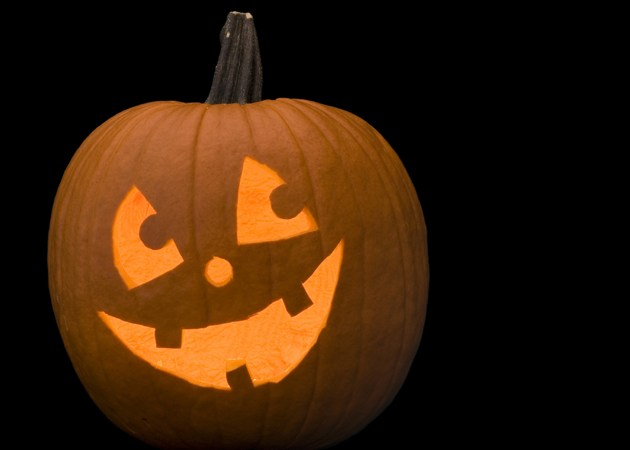 254.  KIDS CLUB:  Pumpkin Carving Photo Contest