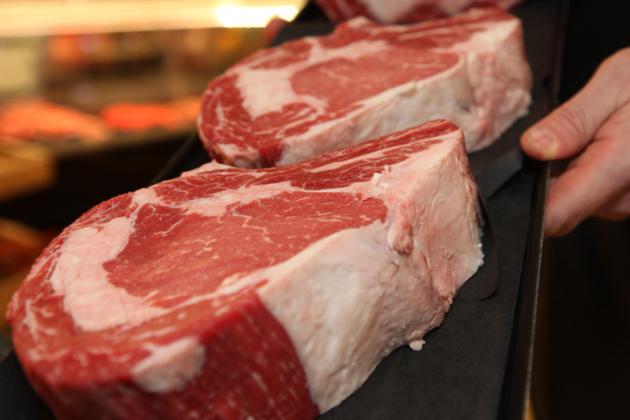 Heinen's Beef - Photographed by Julie Linnekin