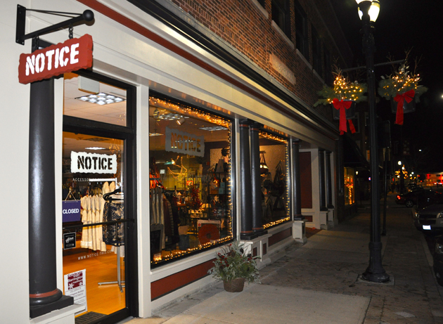 Notice Accessories for Living in Barrington at 202 S. Cook Street