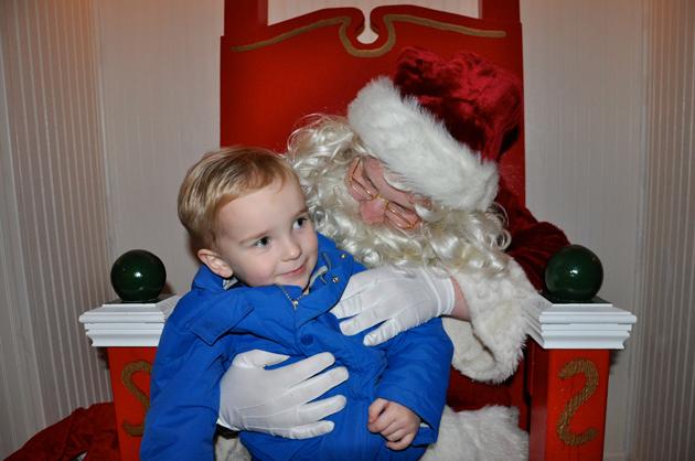 Santa's Arrival in Downtown Barrington