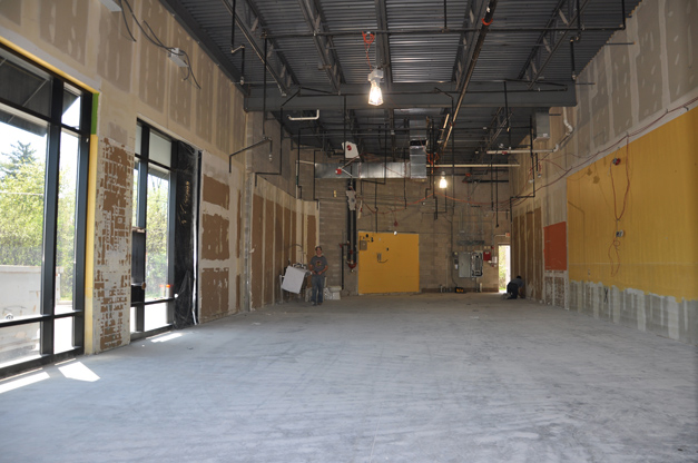 Meatheads Transforming Former Tropical Smoothie Space