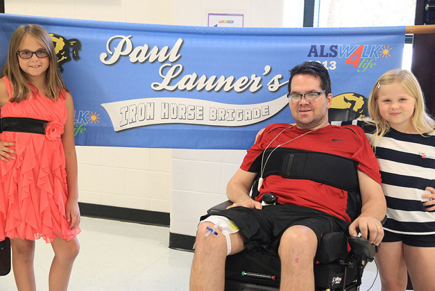 Paul Launer at North Barrington Elementary School - Photographed by Bob Lee
