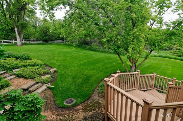 The View at 205 Honey Lake Court in North Barrington, IL - Listed for Sale by Suzanne & Liz Luby