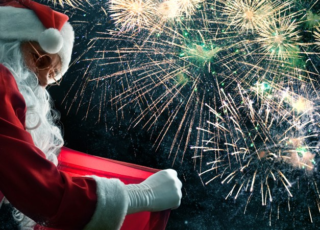 289. Santa Returns to Deer Park Town Center with Fireworks