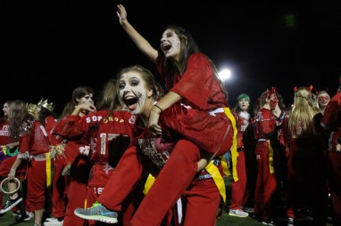 Post - Filly Football Powder Puff Homecoming Game - 5