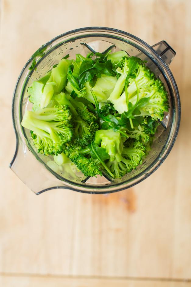 4PMpanic_broccoli_arugula_soup_Tableanddish-6553