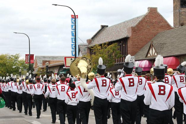 Post - Barrington Homecoming Parade 2015 - Photo by Bob Lee (47 of 82)