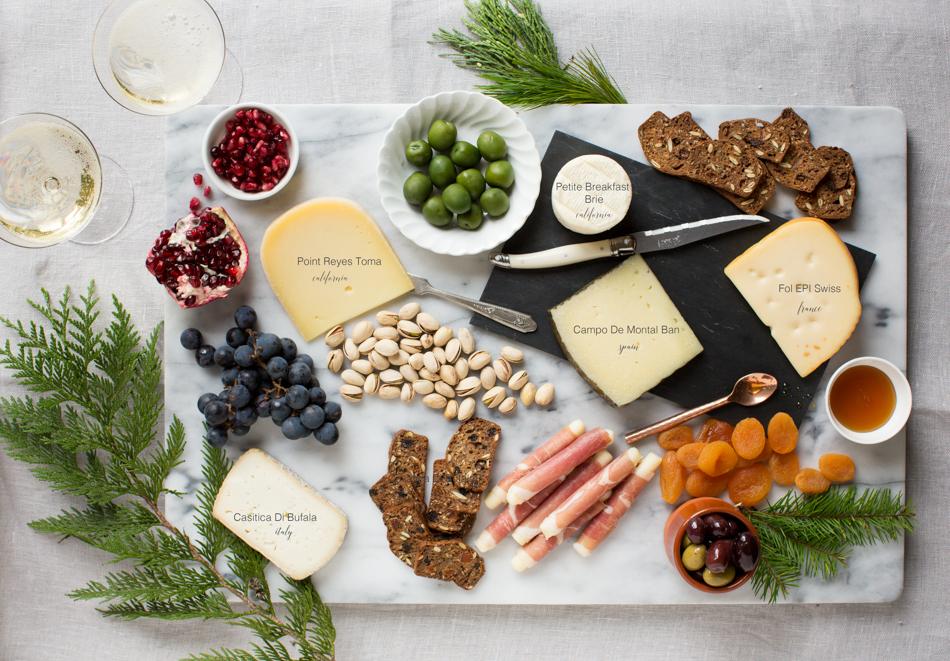 heinens_4pmpanic_holiday_cheese-
