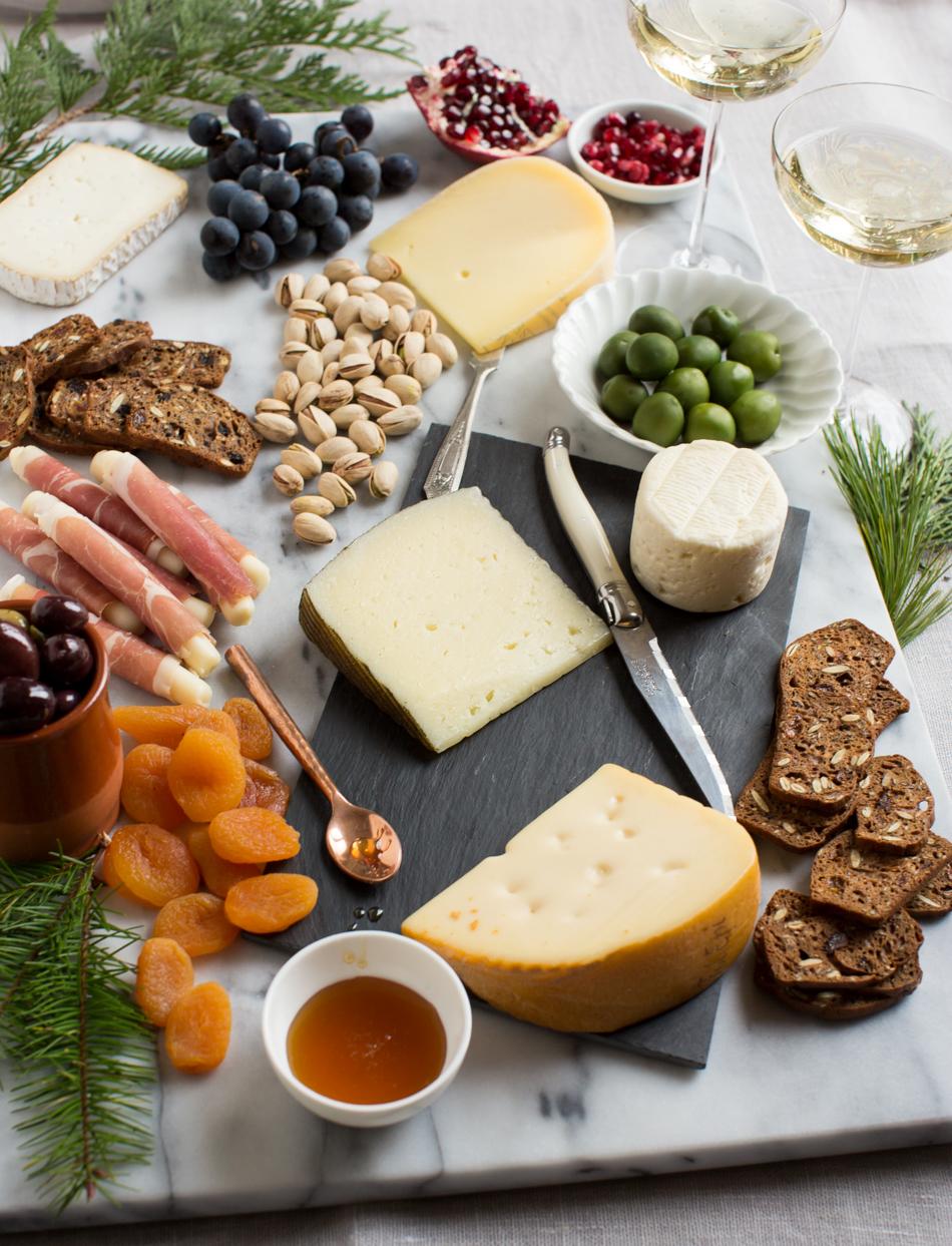 heinens_4pmpanic_holiday_cheese-4077