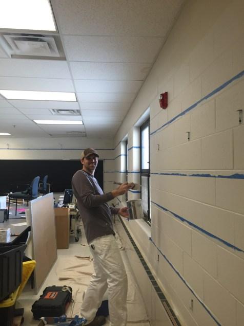 Post 1200 - Roslyn Road Teacher's Loung Reno - 1