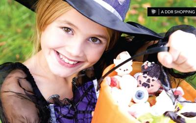 Trick-or-Treating at Deer Park Town Center