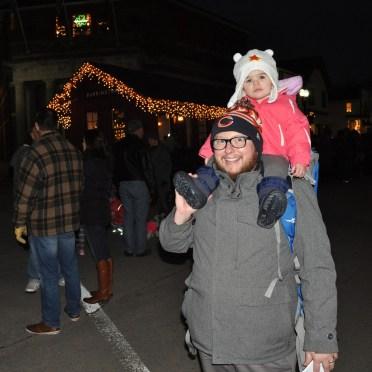 post-1200-village-of-barrington-santa-2016-12