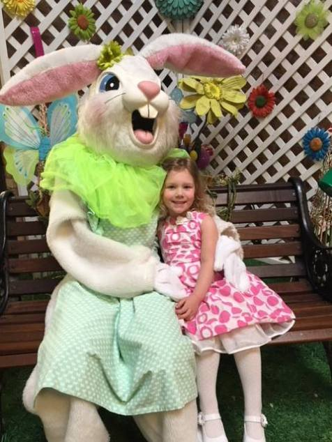 Easter Bunny Ice House Mall - 1