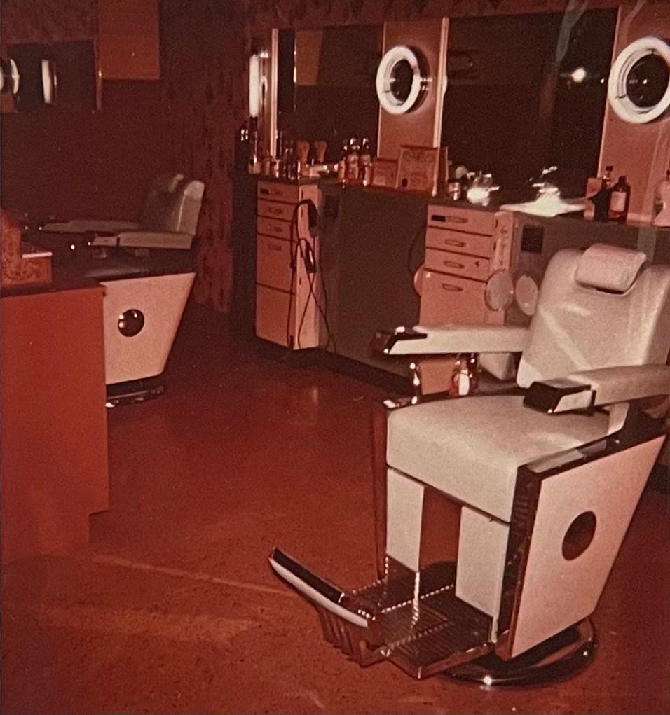 365 - Ray's Barber Shop Barrington