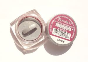 L'Oréal Paris Infallible 24 Hr Eye Shadow Glistening Garnet Package