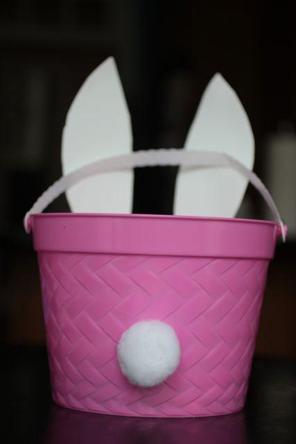 Bunny basket - bunny tail