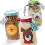 handmade gifts for pets Dog & Cat Treat Mix Jars pet craft ideas