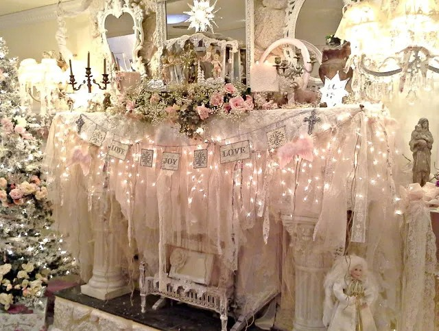 Vintage shabby Chic Christmas Mantle