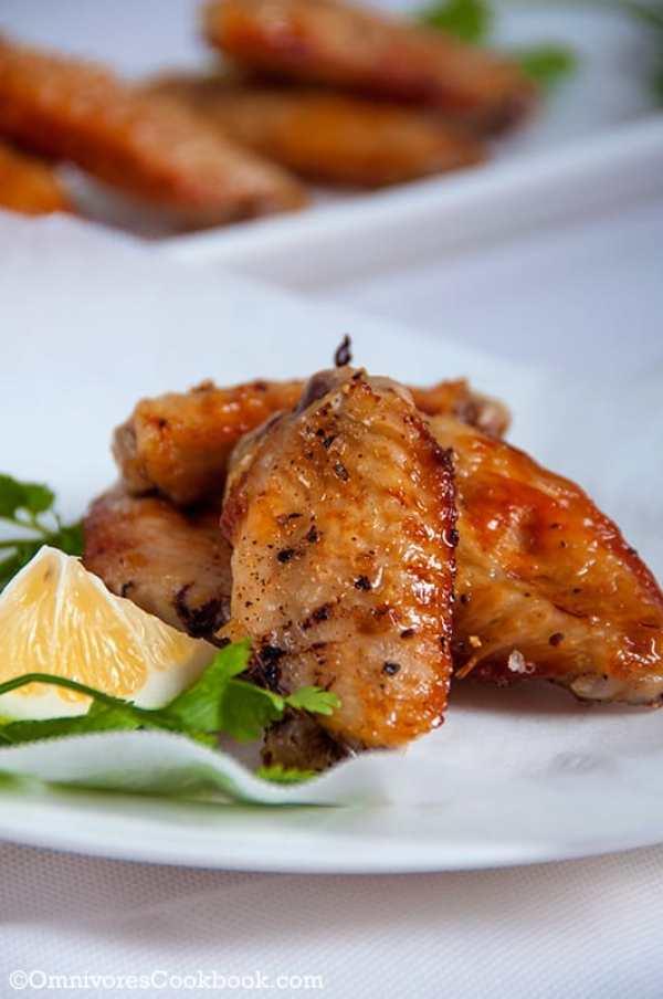 Easy Crispy Baked Chicken Wings