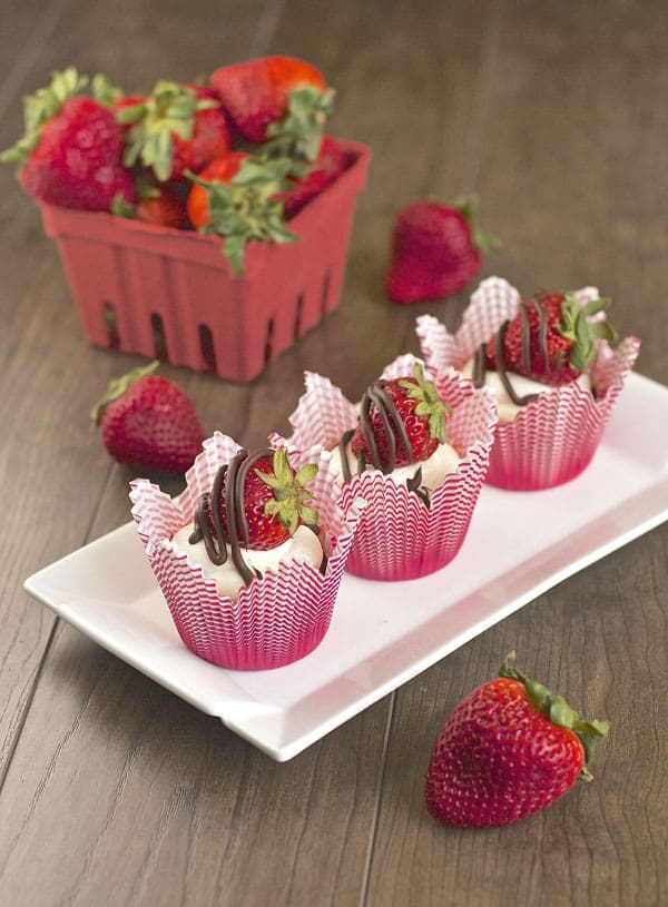 Chocolate Cupcakes with Chocolate Drizzled Strawberries   365 Days of Easy Recipes