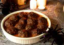 These arachnid balls were inspired by Harry Potter, more commonly known as porcupine meatballs   365 Days of Easy Recipes