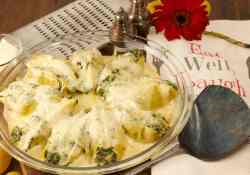 stuffed-ricotta-shells-with-bacon-and-spinach-feature