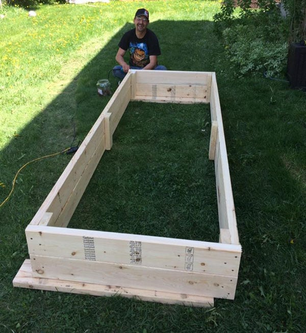 DIY building garden boxes | 365 Days of Easy Recipes