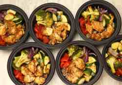 Rainbow Vegetable Chicken Bowls, perfect for meal planning healthy lunches   365 Days of Easy Recipes