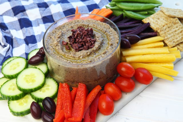 A delicious healthy snack - easy black olive (kalamata) hummus | 365 Days of Easy Recipes